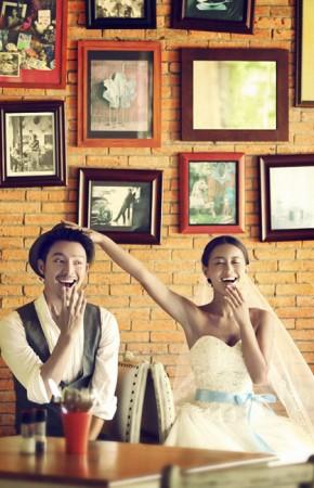 普吉岛旅游婚纱样照之餐厅