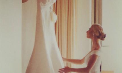 如何在取景框架中展现不一样的婚纱照(1)