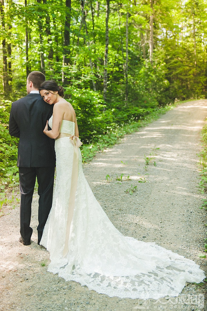 23个婚礼拍摄取景技巧 12-train-fanned-out