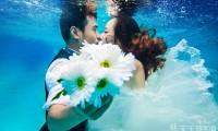 厦门水下摄影婚纱照大概多少钱?