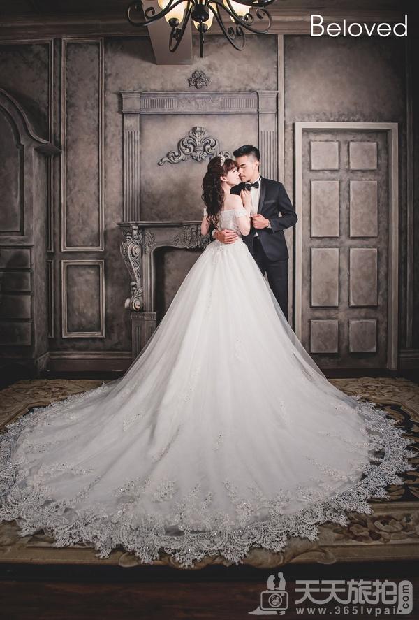 外景拍摄 如何挑选婚纱礼服