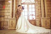 在进行室内婚纱摄影时新人应该怎么笑
