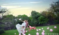 拍摄户外婚纱照新人应该提前多少时间预定