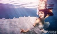 为什么去厦门拍摄水下婚纱照
