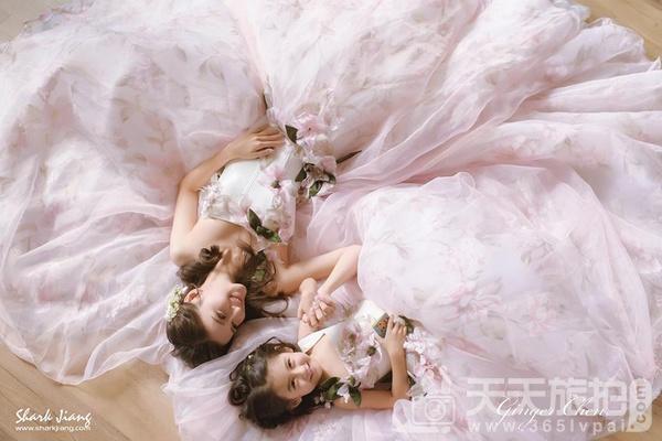 好想谈恋爱!让少女尖叫的22件浪漫冰沙色礼服
