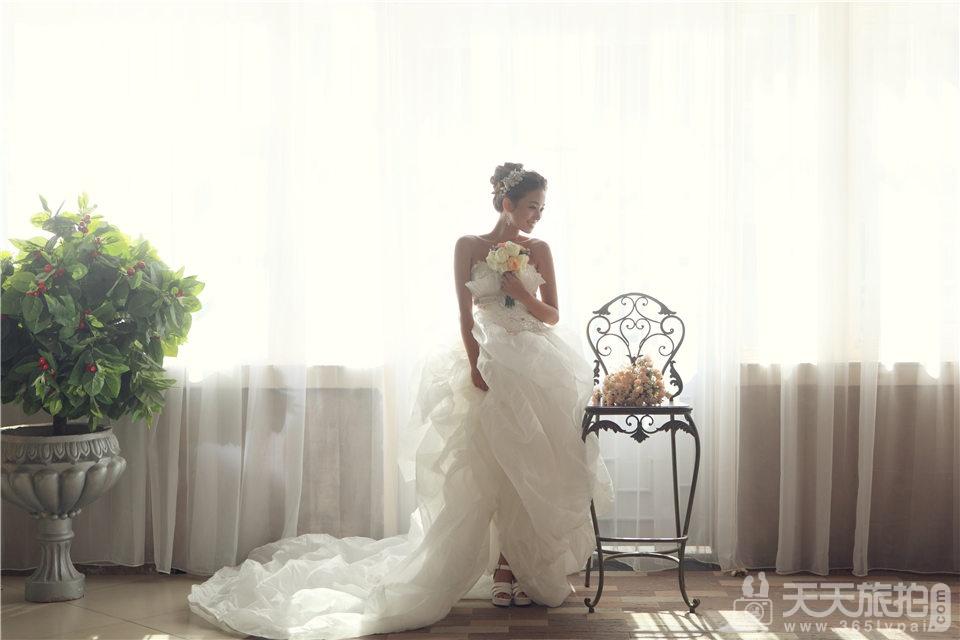 韩式白纱新娘婚纱照