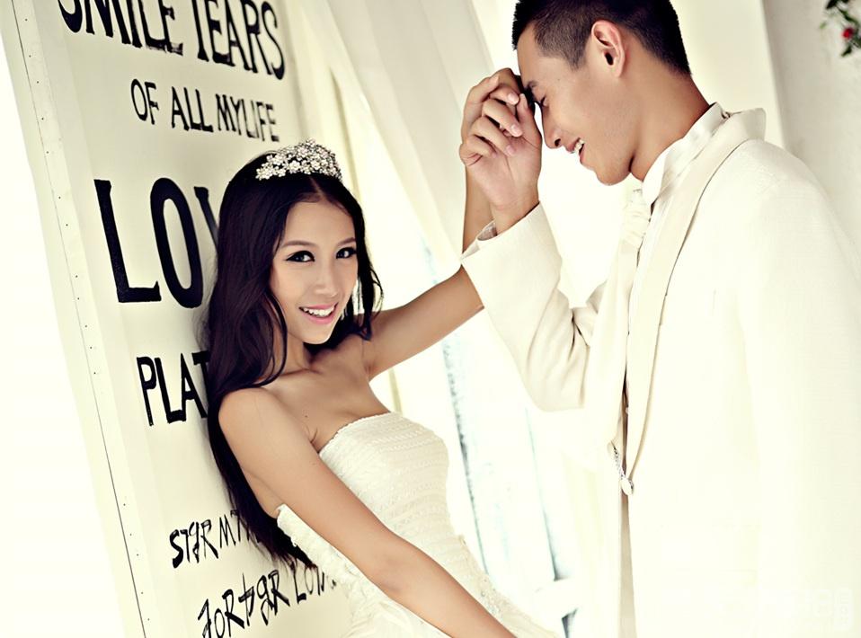 韩式唯美浪漫婚纱