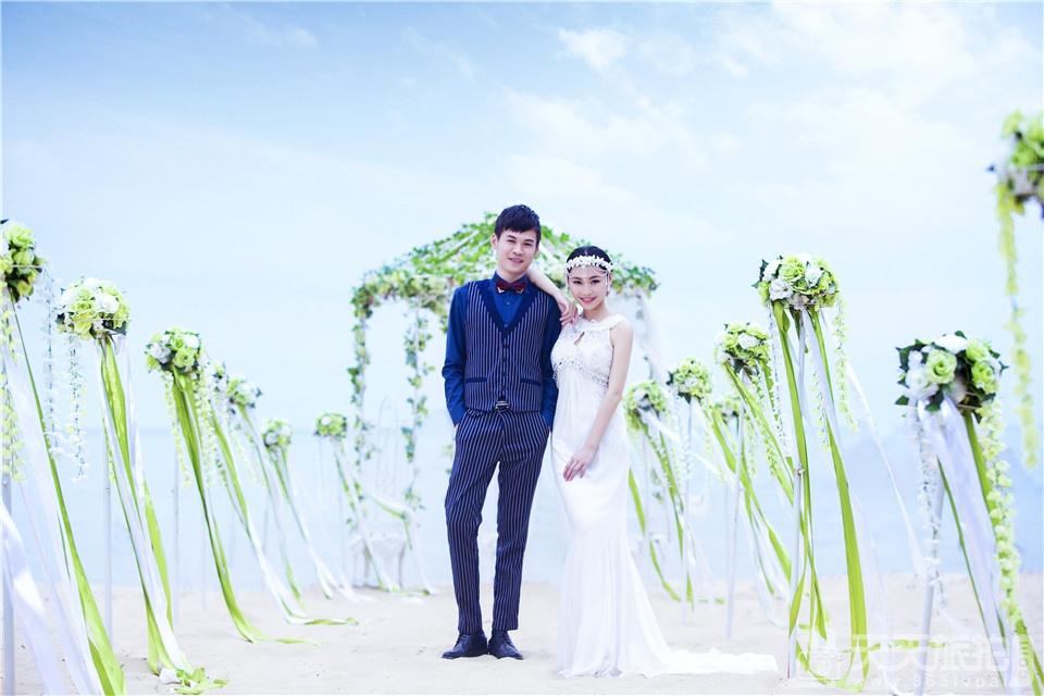 时尚海景婚纱照作品欣赏