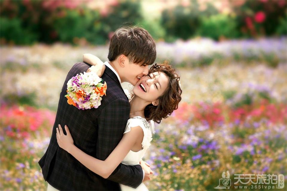 韩式小清新花海婚纱照