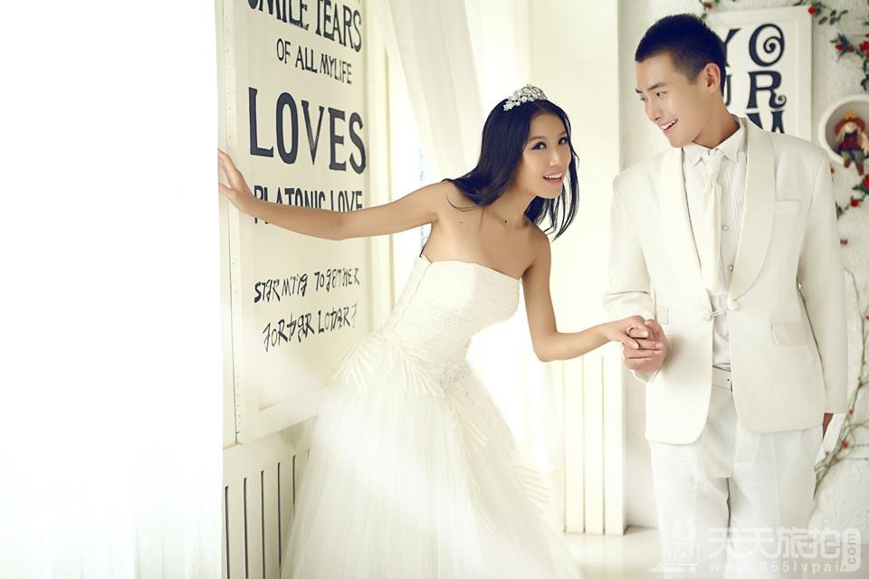 韩式内景婚纱摄影