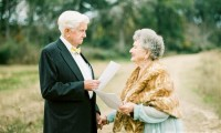 相恋了63年的爱该怎么庆祝?跨越半个世纪的婚纱摄影