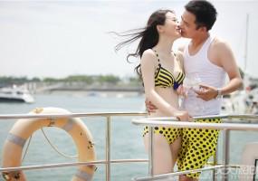 海边比基尼游艇婚纱摄影欣赏