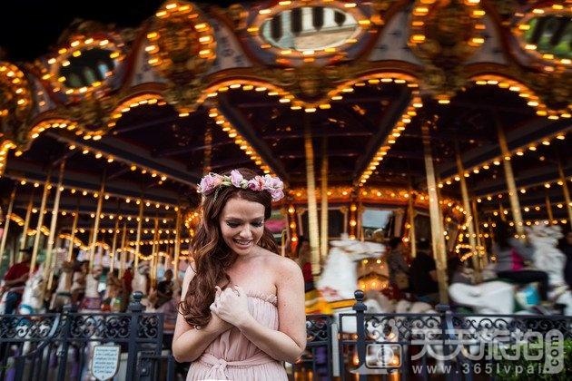 白马王子再等等吧!一个人拍也能很美丽的迪士尼婚纱摄影【10】