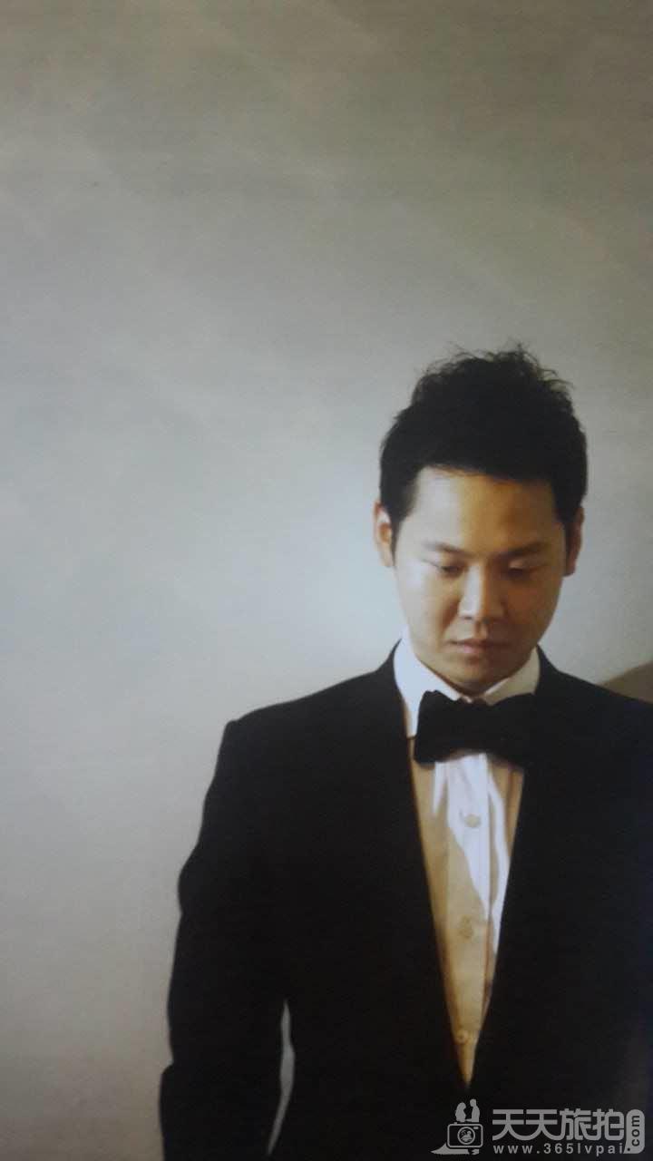 婚纱摄影人物体形摆姿技巧【4】