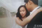 婚纱摄影技巧:摄影镜头下的嬉戏动作