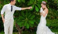 【浪漫婚纱照】选在阴天应该怎么拍摄?