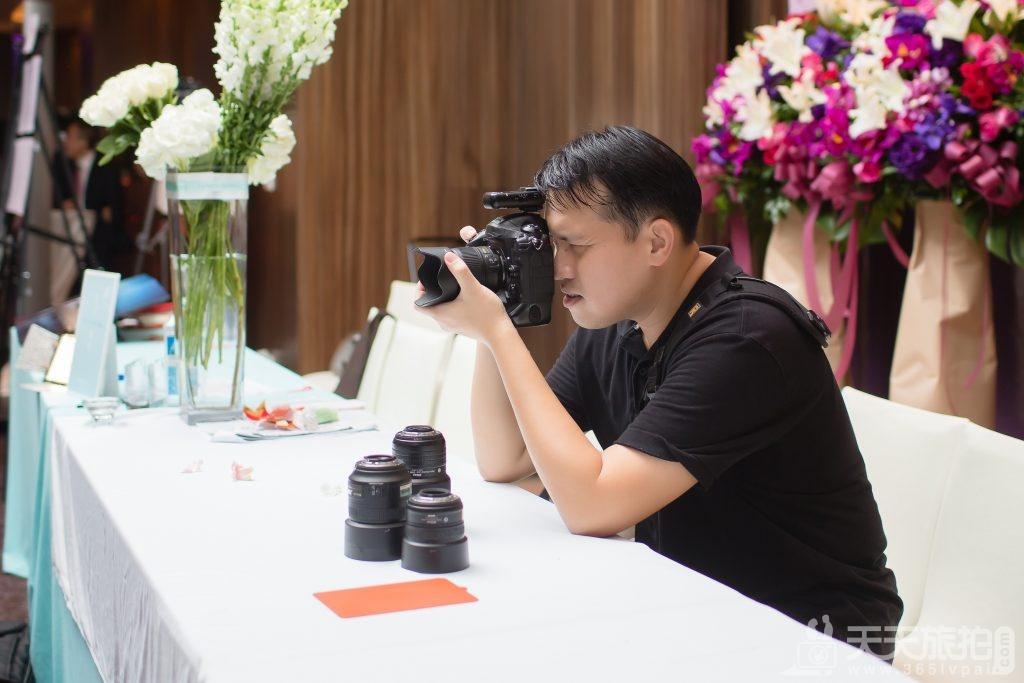 以照片传达善意 捕捉美丽片段的婚礼纪实者【14】