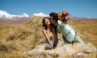 拍婚纱照怎样挑选道具才能拍出不同的婚纱照风格