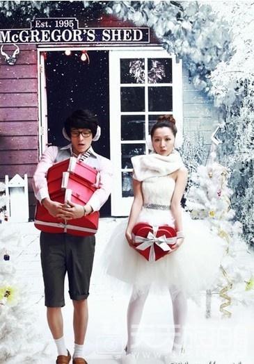 80后个性婚纱照欣赏 浪漫的圣诞节