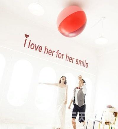 韩式俏皮婚纱照图片 浪漫一刻缤纷记忆