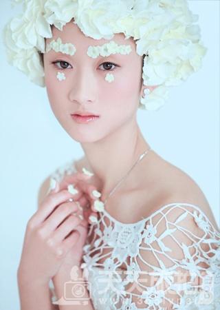早春拍摄婚纱照要点让你的婚纱照带着春天味道