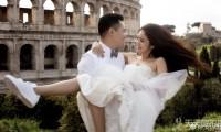 婚纱不搭球鞋就落伍 盘点8个中西方穿球鞋拍婚纱的女星