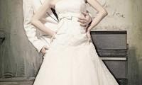 变性美女模特刘诗涵时尚婚纱照图片
