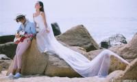 讲解拍婚纱照的姿势 掌握好手部的造型技巧