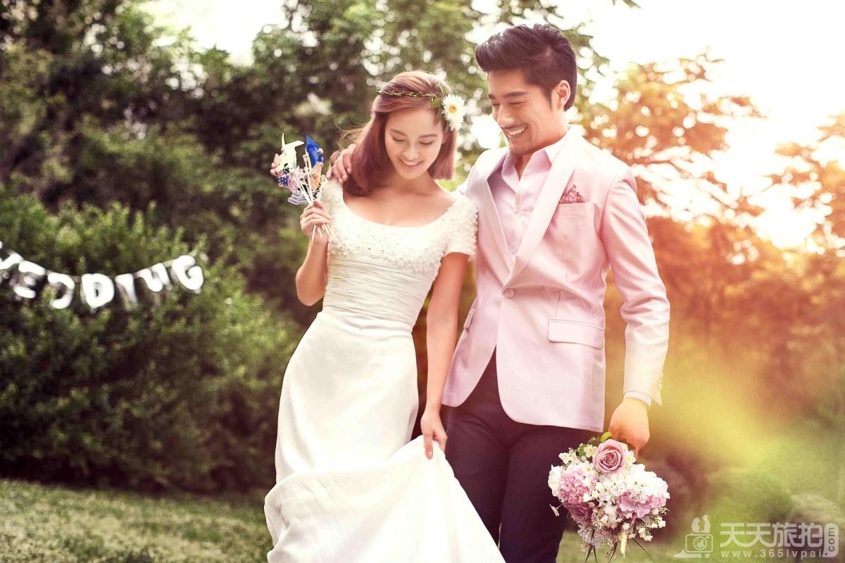 拍结婚照攻略 如何拍出真实自然的婚纱照