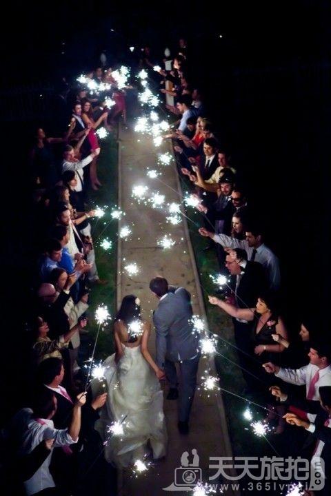 酷炫到不行的灯光主题婚礼【1】