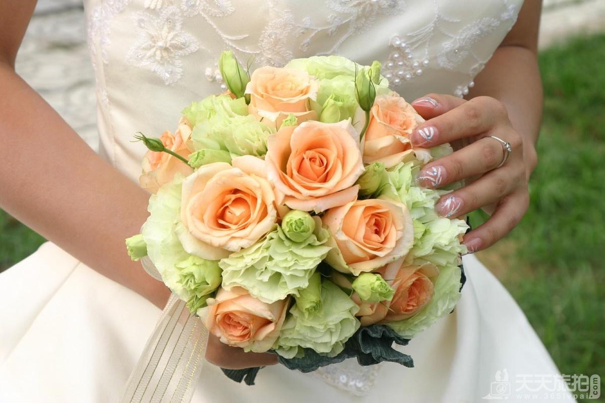 婚礼捧花有哪些? 不仅仅只有球形和圆形