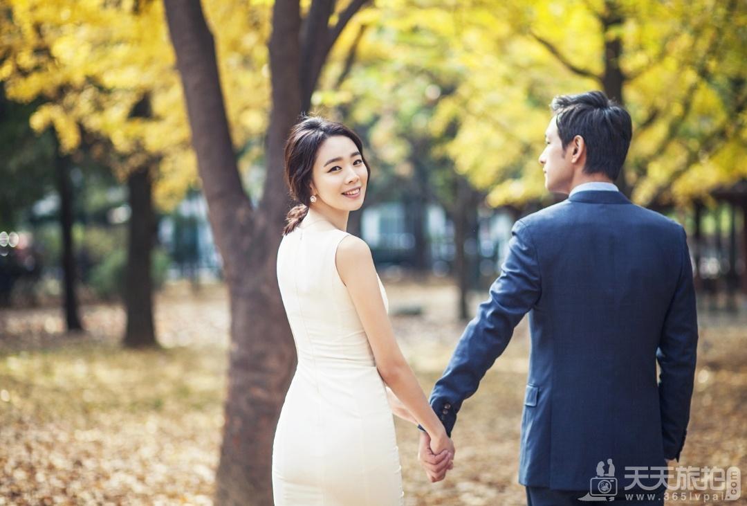 【巴厘岛婚纱照】秋季拍婚纱照注意些什么呢