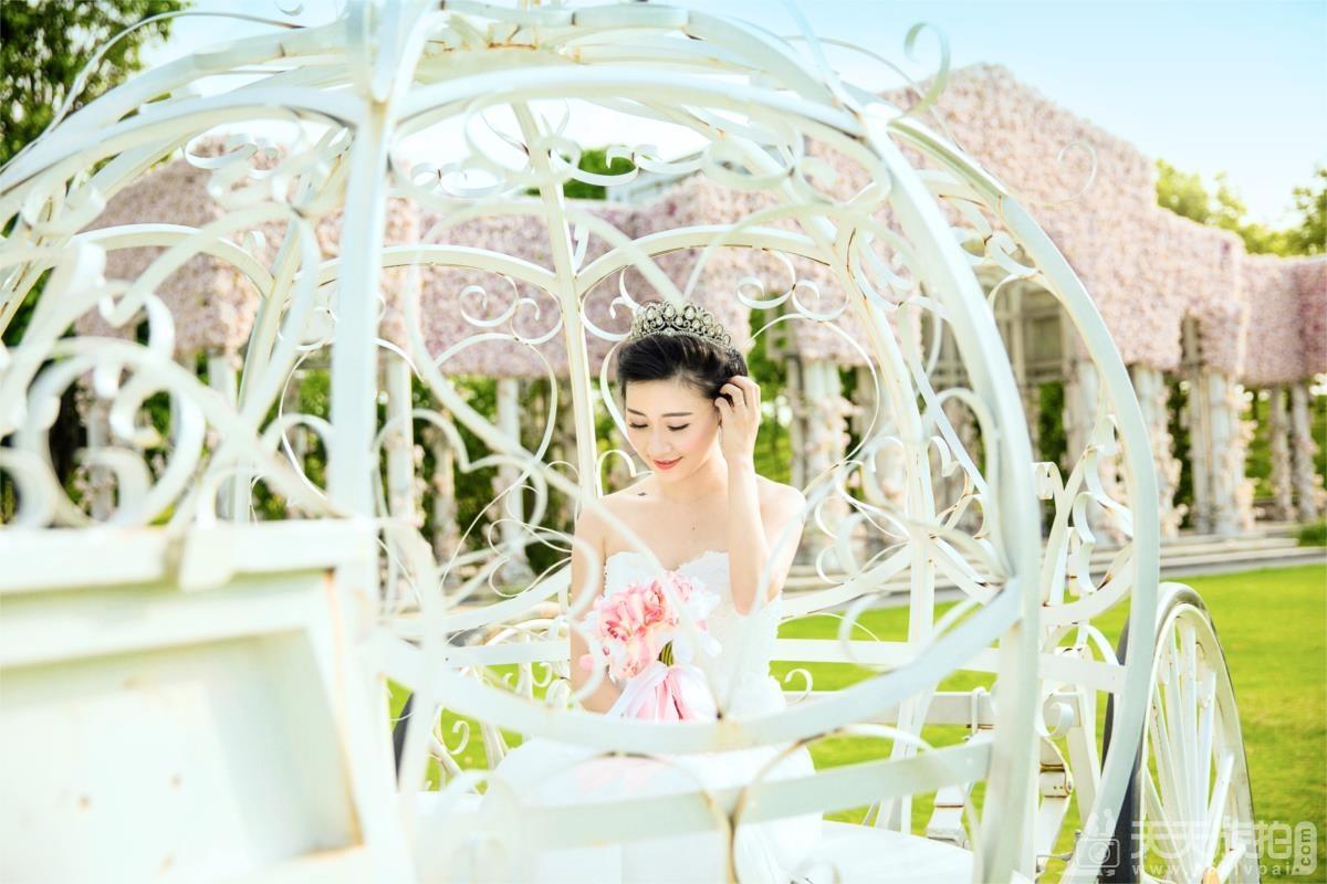 拍摄外景婚纱照需要注意哪些方面?【2】