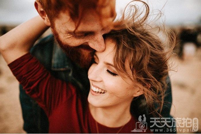 全球50大幸福订婚照 最后一张两个屁屁好性感【6】
