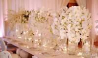 别具一格的时尚婚礼 用这样的桌花才能更美