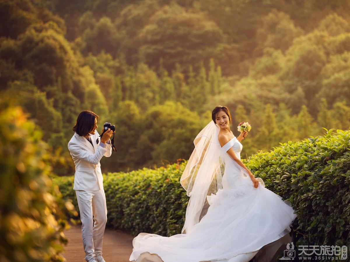 【巴厘岛婚纱照】秋天拍结婚照注意事项是什么?