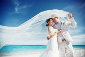 六招让你轻松拍出完美海边婚纱照