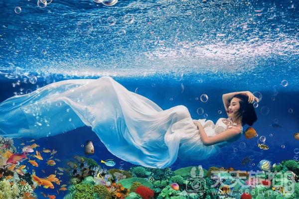 三亚水下婚纱照,三亚婚纱照,三亚水下婚纱摄影