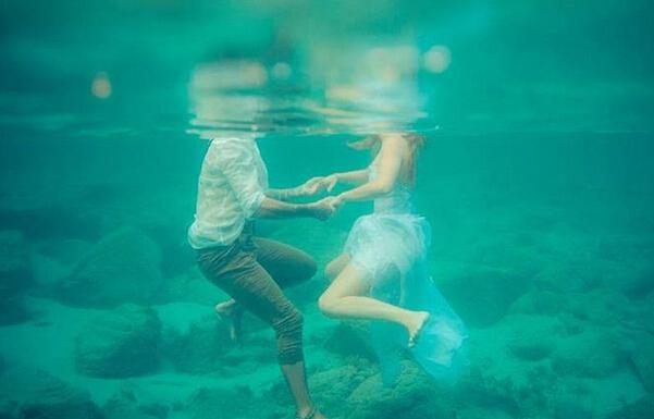 水之爱恋 结婚照没有婚纱就做条美人鱼吧【1】