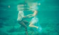 水之爱恋 结婚照没有婚纱就做条美人鱼吧