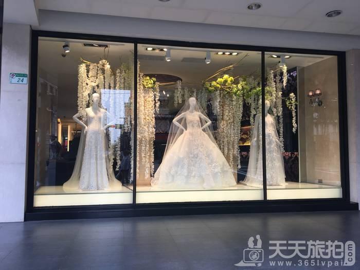拍婚纱初体验!萝亚新一季超梦幻星空晚礼服独家曝光【2】
