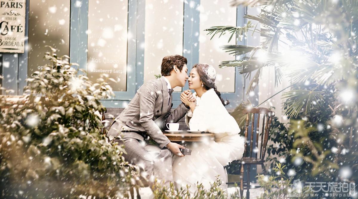冬天拍婚纱照注意事项 冬天拍婚纱照怎么保暖