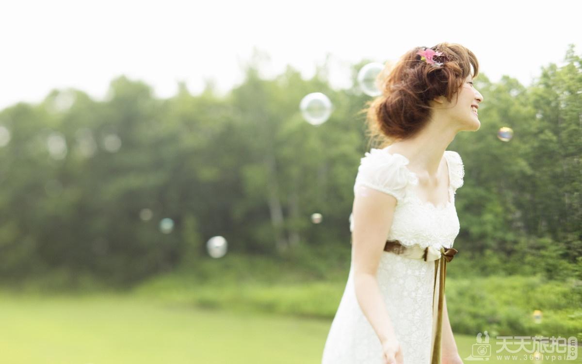 唯美户外婚纱照速成技巧 户外婚纱摄影技巧有哪些忌讳