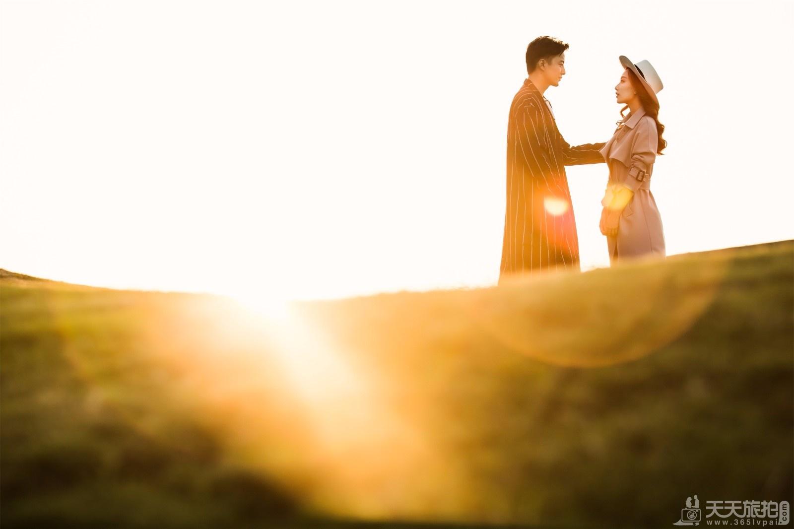 结婚堵门问题,都是伴娘团考验新郎爱新娘的小妙招