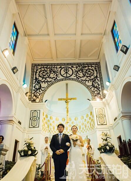 天天旅拍婚宴网 教你教堂婚礼的流程