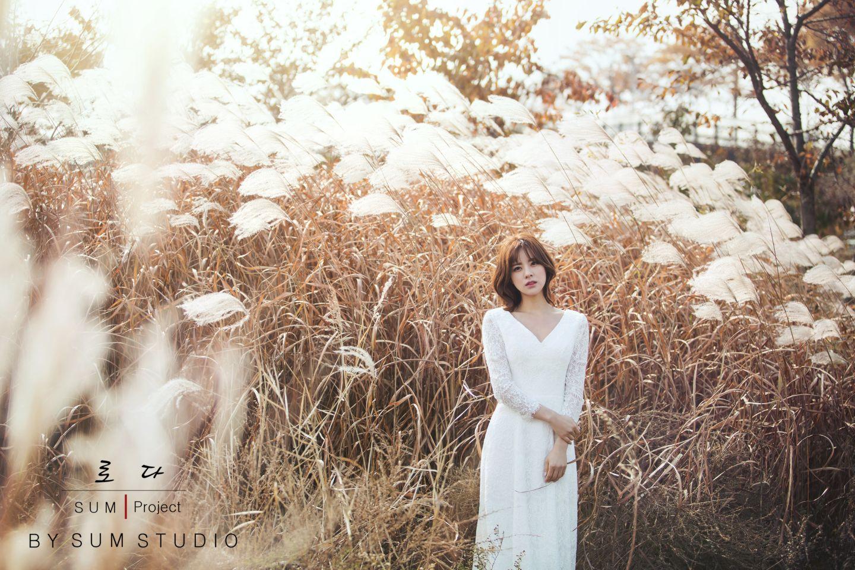 别浪费了秋季的绚烂景色 秋天婚纱照欣赏【21】