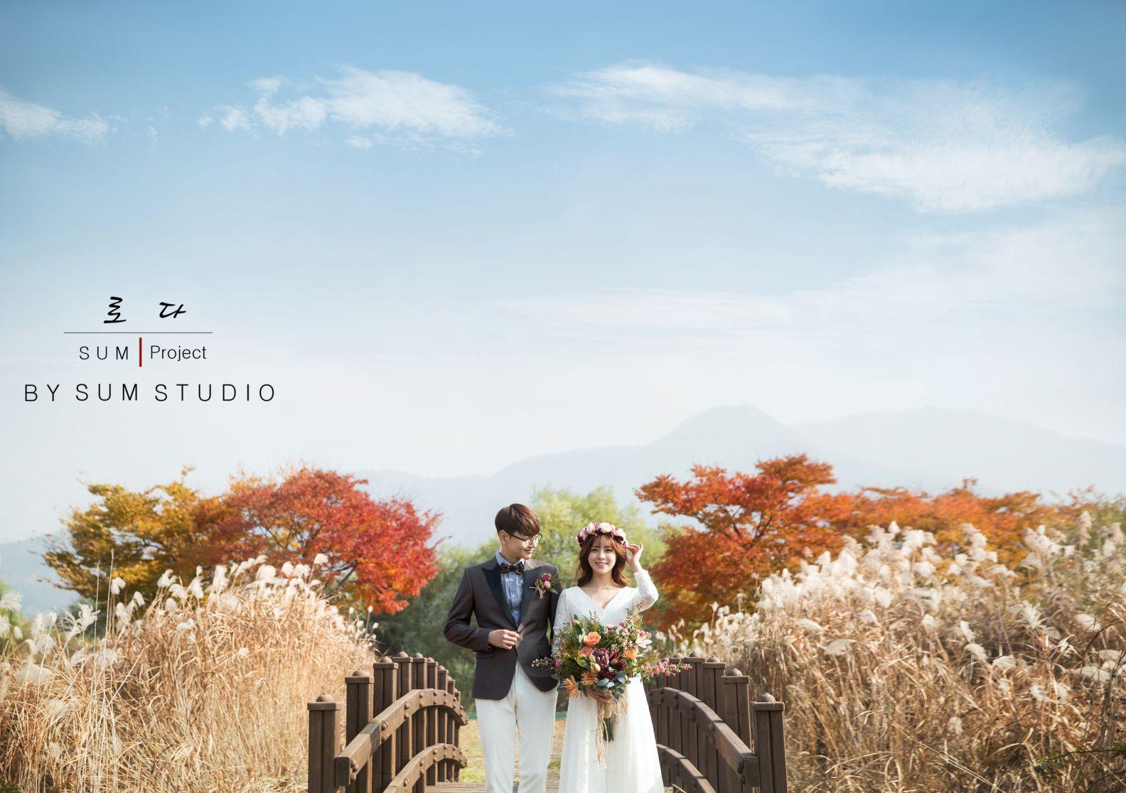 别浪费了秋季的绚烂景色 秋天婚纱照欣赏【23】