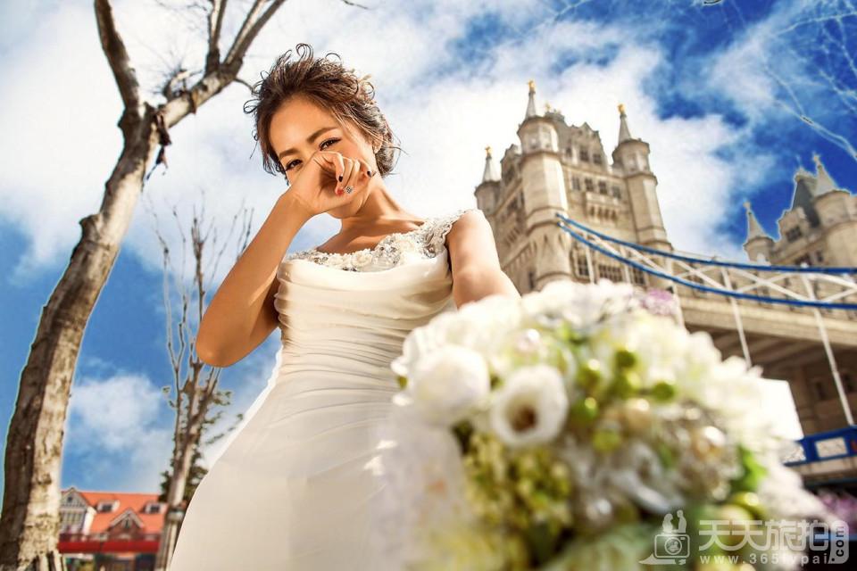婚纱照宜忌讲解 床头能不能挂婚纱照
