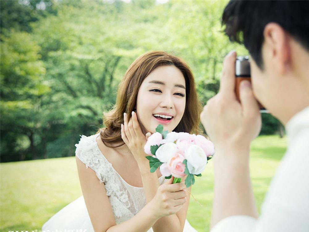 2015唯美韩式婚纱照重磅来袭 唯美清新的拍摄和妆面