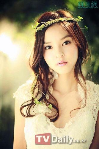 WOORI美丽婚纱照 尽显清爽梦幻气质